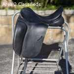 17.5 W 2014 County Competitor Dressage Saddle
